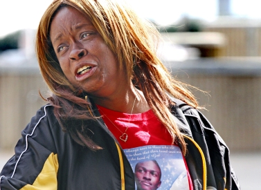 Mother of Kawanza J. Beaty, Melissa Dargen, reacts after hearing the officer who shot and killed her son in July 2015 will not be indicated outside of the justice building in downtown Newport News. Friday, Feb. 26, 2016.