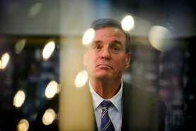 2nd PLACE NEWS: KRISTEN ZEIS, VIRGINIAN-PILOT--Sen. Mark Warner waits to take the stage while being introduced by Mayor Kenny Alexander at the 757 Launch event held at Selden Market in Norfolk, Va., on Friday, March 30, 2018.